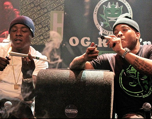 Cannabis Cup Party - Styles P and Jadakiss smoking OG Reek'n on stage